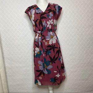 LOFT Outlet Floral Midi Dress Size Medium Petite